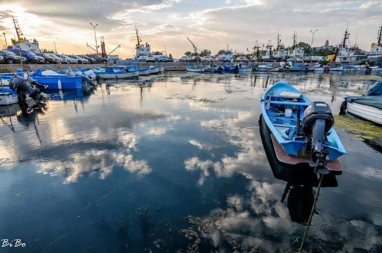Рибарското пристанище